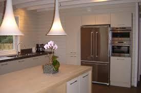 ilot cuisine blanc cuisine classique cuisine blanche et bois salle de design cuisine