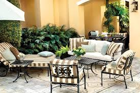 What Is A Chaise 15 Ways To Arrange Your Porch How To Decorate