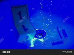 ultraviolet light to kill mold bathroom uv light lighting collecting evidences under image photo
