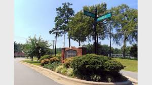 2 Bedroom Houses For Rent In Greensboro Nc Yorkleigh Apartments For Rent In Greensboro Nc Forrent Com