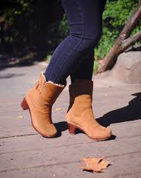 ugg s anais shoes chestnut 82 best ugg boots images on shoes casual and