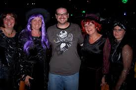 should adults dress up for mickey u0027s not so scary halloween party