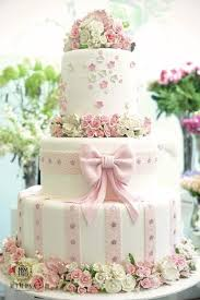 beautiful wedding cakes beautiful wedding cake with edible sugar flowers 1682867 weddbook