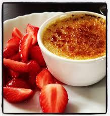 eau de fleur d oranger cuisine crèmes brûlées à la fleur d oranger et salade de fraises les