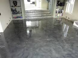 every concrete floor will react with its own unique pattern