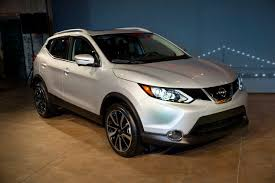 nissan 2017 nissan introduces 2017 rogue sport carfax blog