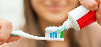 Pasta Gigi awas bahaya pasta gigi dengan detergen dokter sehat