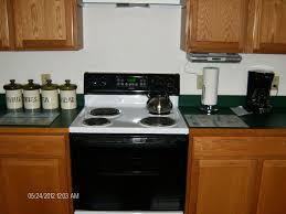 Kitchen Radio Under Cabinet Easthampton Apartment 4 5 Mile To Smith Homeaway Easthampton