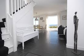accommodation a modern black and white theme runs throughout the accommodation a modern black and white theme runs throughout the interior with smooth charcoal coloured floor home decor