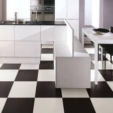 carrelage cuisine noir et blanc carrelage poli 30x30