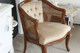 Antique Accent Chair Craigslist Finds Accent Chairs 1000 Wonderful Things