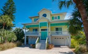 vacation homes island vacation rentals 200 homes condos