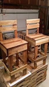 Pallet Kitchen Island by Best 25 Pallet Bar Stools Ideas On Pinterest Pallet Stool Wood