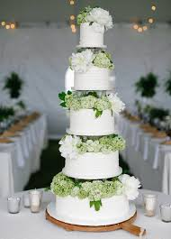 A Wedding Cake Wedding Cakes 20 Ways To Decorate With Fresh Flowers Inside