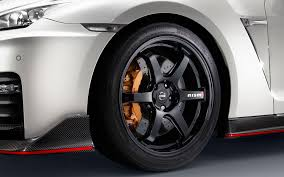 nissan maxima nismo 2018 2017 nissan gt r nismo gets updated design still makes 600 hp