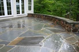 Irregular Stone Patio Broken Blue Stone Patio Design And Ideas