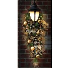 christmas swags for outdoor lights 13 best garland images on pinterest christmas swags christmas