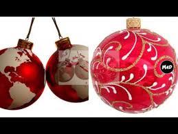 tree ornaments balls