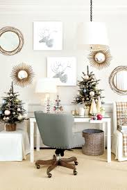wishing for a white christmas with suzanne kasler how to decorate suzanne kasler s white office with parsons table and metallic accents from the ballard designs catalog