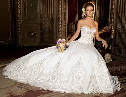 Vintage Style For Unique Wedding Dresses Interclodesigns How To Choose The Best Ball Gown Wedding Dresses Interclodesigns