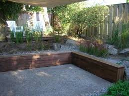 Backyard Retaining Walls Ideas by Wood Retaining Wall Design Ideas Video And Photos