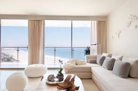 minimalist interior designer choosing a minimalist interior design cas