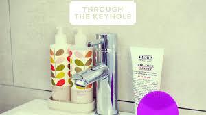 through the keyhole step inside inthefrow u0027s bathroom stylist