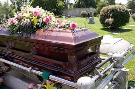 burial caskets should you buy at the funeral home or online