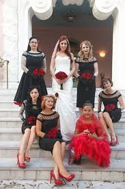 Black Wedding Dress Halloween Costume 25 Halloween Themed Weddings Ideas Masquerade
