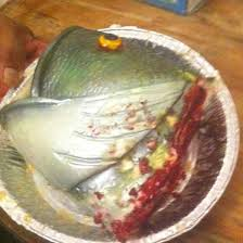 bass fish cake a cake hawaii wedding cakes best wedding cake