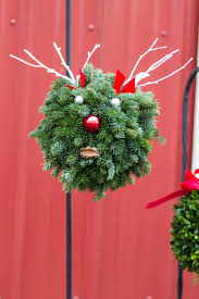 fresh wreaths and swags st joe tree farm