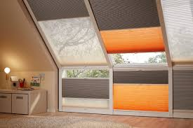 Schlafzimmer Abdunkeln Plissees Dachfenster Verdunkelung Dachfenster Lamellen Junker