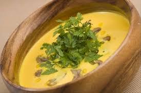 cuisiner la chataigne recette de crème de potiron aux éclats de châtaigne facile et rapide