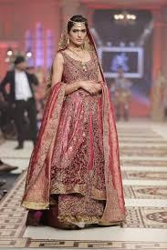 wedding dress designers list best popular top 10 bridal dress designers hit list