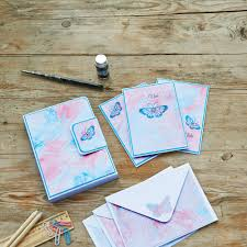 wedding invitations how to diy wedding invitations how to create marbled wedding stationery
