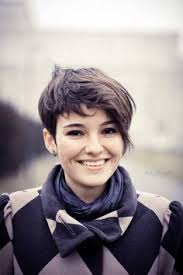 12 Fabulous Short Hairstyles For Thick Hair Pretty Designs