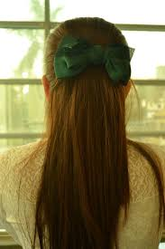 hair ribbon hair green ribbon by tinvelasco on deviantart