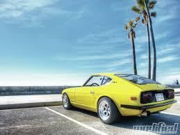 modp 1105 04 o 1970 nissan datsun 240z rear view jpg 1600 1200