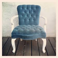 Arm Chair White Design Ideas Furniture Chic Living Room Decorating Design Ideas Using Tufted