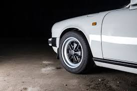 vintage porsche wheels how to buy the perfect porsche 911 the 3 2 carrera car archive