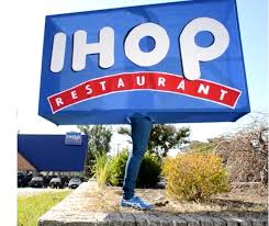 ihop halloween one legged paralympian josh sunquist debuts his hilarious