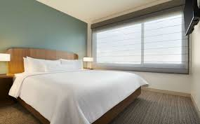 dallas accommodations one bedroom suite element dallas love field
