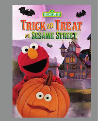 amazon com sesame street trick or treat on sesame street ryan