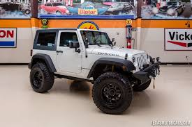 2017 sema jcr offroad orange indian firm creates mahindra based jeep wrangler replica cars