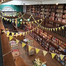 about us daunt books about us