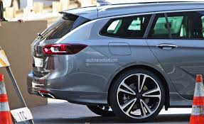 opel holden 2017 opel insignia revealed joined by vauxhall variant and holden
