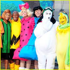 Snoopy Halloween Costume Today Show U0027 Hosts Wear Spot Peanuts Halloween Costumes 2015
