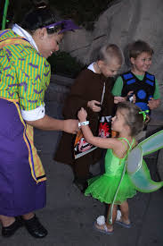 polkadots on parade mickey u0027s halloween party