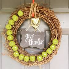 simple diy autumn wreath supplies from michaels craft store diy