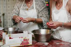 cours de cuisine essonne atelier de cuisine à l original store à bièvres 91 wonderbox